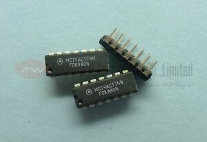 Vintage Motorola MC74ACT74N 74ACT74 D-TYPE FLIP FLOP DUAL 10NS DIP14 x 1pc
