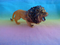 2002 Roaring Lion Zoo Safari Jungle Wildlife PVC Animal Figure as is - China