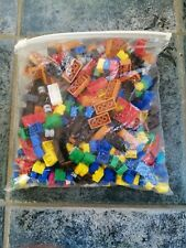 MEGABLOCKS ASSORTMENT OF PIECES FOR CONSTRUCTION. SMALL 700GMS