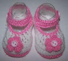 White/flower crochet Mary Jane strap newborn baby bootie/shoe: size 000 8 x 4 cm