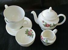 Wedgwood Moss Rose Tea Set for 2 incl Teapot, Cups, Saucers, Jug & Sugar Bowl