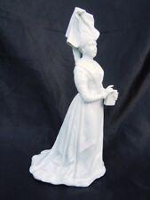 Sculpture statue porcelaine Anne de Bretagne Reine de France porcelaine 19ème
