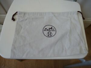 """Hermes 13.5"""" x 9.5 inches dust bag"""