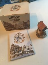 "Retired 1988/9 Lilliput Lane Mint Signed ""wishing Well� Members Figurine"