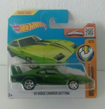 Hot Wheels '69 Dodge Charger Daytona Super Treasure Hunt Short Card 1:64