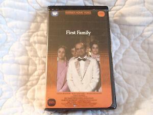 FIRST FAMILY VHS BOB NEWHART MADELINE KAHN GILDA RADNER COMEDY WARNER CLAMSHELL