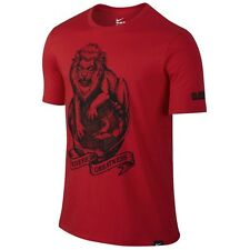 NWT Mens Nike Lebron Strive for Greatness Shirt Lion Globe Red Black LARGE