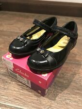 Clarks girls black school shoes Size UK12G, lovely condition.