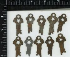 ORIGINAL ANTIQUE STAR CUT OUT FLAT STEEL LEVER PANCAKE PUSH PADLOCK KEY LOT