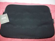 "Targus Debossed NEOPRENE Laptop NOTEBOOK Sleeve Gray Black TSS588US 15.6"" New!"
