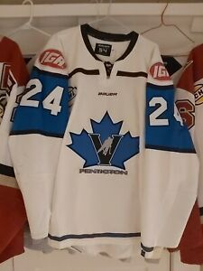 Game worn / used  Bchl Penticton Vees  jersey ty pochipinski Airforce Home White