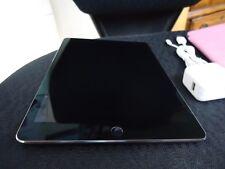 Apple iPad Pro. 128GB, Wi-Fi, 9.7in - Space Gray