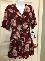 Women's / Junior's NWT Trixxi Belted Romper Size Large Maroon Floral