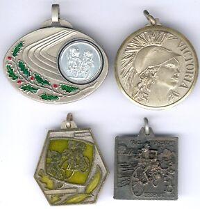 Lot mit 4 Radsportplaketten/Medaillen -Italien, II