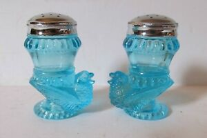 Boyd Glass Bird Salt and Pepper S&P Shakers Ice Blue