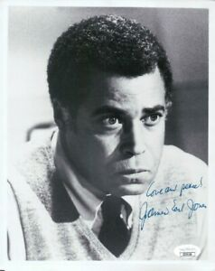 James Earl Jones Signed Autographed 8X10 Photo Vintage Close-Up JSA II35126