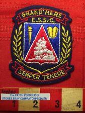 CANADA PATCH Quebec School  GRAND MERE E.S.S.C. SEMPER TENERE Crest 5NB6