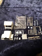 AMT WHITE WESTERN STAR JUNKYARD - CAB, NOSE, GLASS & CHROME ONLY - NEW PARTS
