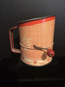 VINTAGE SINGLE SCREEN FLOUR SIFTER W/ RED WOODEN KNOB CRANK*VERY NICE*