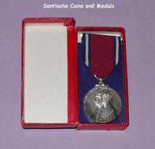 1935 OFFICIAL KING GEORGE V SILVER JUBILEE MEDAL - Full Size Boxed Original