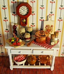 STUNNING DOLLHOUSE KITCHEN WORK TABLE FILLED WITH CHARMING KITCHEN ACCESSORIES