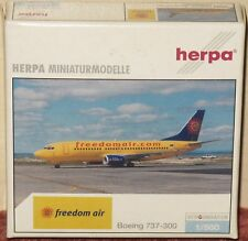 Boeing 737-300 Freedom Air 505994 1/500 Herpa
