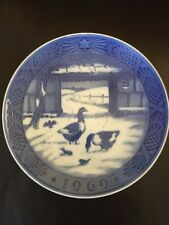 Royal Copenhagen Christmas Plate 1969 In The Old Farmyard Geese Barnyard Goose