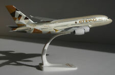 Etihad Airbus A380 1:250 Herpa Snap-Fit 610629 FlugzeugModell NEU 380 A380-800
