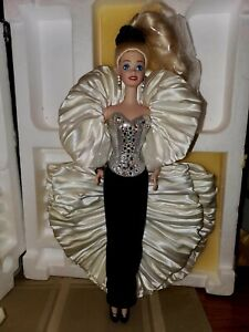 1992 PORCELAIN CRYSTAL RHAPSODY BARBIE PRESIDENTIAL COLLECTION NEW