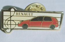 RENAULT   voiture   pin's