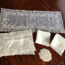 VINTAGE RARE PINA CLOTH EMBROIDERED RUNNER, 8 PLACEMATS NAPKINS COASTERS 25 PCS.
