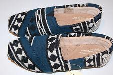 NIB Tom's Classic- Black White Knit Shearling- Size 8 Item# 10006158