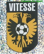 241 BADGE SCUDETTO FC.VITESSE NETHERLANDS STICKER VOETBAL 2004 PANINI