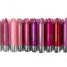 Lippenstifte mit Balsam-Label