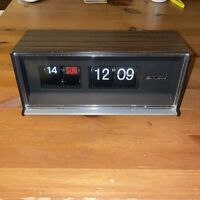 Vintage 1960s Bulova B-5408 Rare Flip Clock Digital Electric Japan WORKS