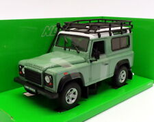 Welly 1/24 Scale Model Car 22498SP-W - Land Rover Defender - Green