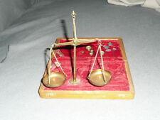balance trebuchet de bijoutier  laiton en coffret