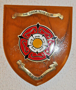 Vintage Tudor Rose Club Brunei wall plaque shield coat of arms Berakas Army Camp