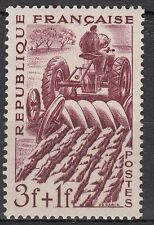 FRANCE TIMBRE NEUF N° 823 ** AGRICULTEUR