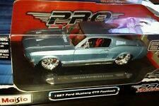 Maisto Pro Rodz 1967 FORD MUSTANG GTR FASTBACK American Muscle Car 1:18 Scale