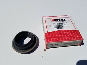 DODGE CHARGER PLYMOUTH SATELLITE  904 TRANSMISSION EXTENSION HOUSING SHAFT SEAL