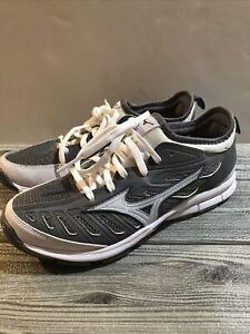Mizuno Players Trainers 2 Softball Turf Shoes Gray Grey White Women's Size 9 NEW
