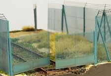 HO Scale Scenery - 48141  - Chain mesh gate for high fence, 1:72/1:87