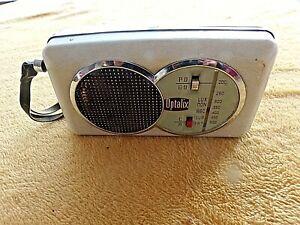 Ancien petit poste de radio-transistor Optalix ST James Auto Type S.2 vintage