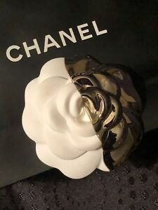 CHANEL White & Silver Camellia 2018 Holiday Edition 3 in Diameter Hard Plastic