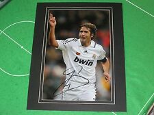 Raúl González Blanco 'Raul' Signed & Mounted Real Madrid Action Phototograph