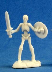 1 x SQUELETTE GUERRIER EPEE - BONES REAPER figurine miniature jdr rpg skeleton