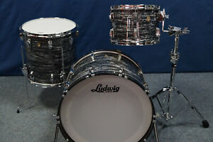 """Ludwig USA Classic Maple Shellset in """"Vintage Black Oyster"""" - 22,13,16"""""""
