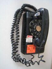 Teléfono de pared vintage