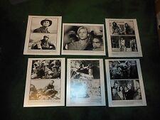 SEVEN YEARS IN TIBET - ORIGINAL PRESS KIT WITH 13 PHOTOS - BRAD PITT